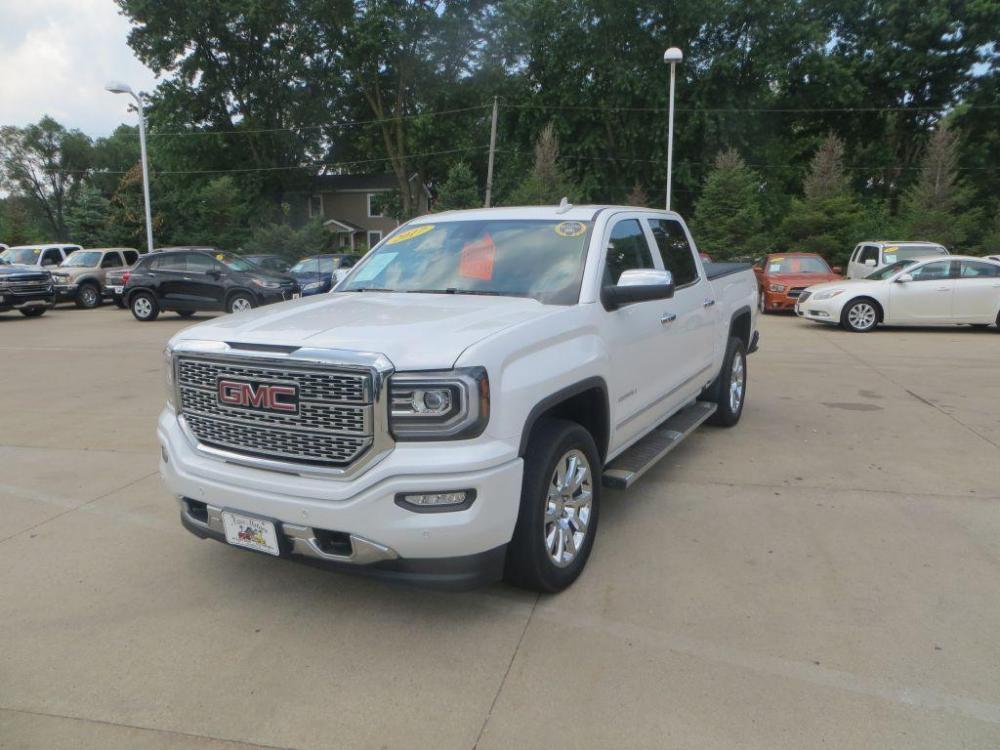 2017 WHITE GMC SIERRA 1500 DENALI (3GTU2PEC3HG) with an 5.3L engine, Automatic transmission, located at 908 SE 14th Street, Des Moines, IA, 50317, (515) 281-0330, 41.580303, -93.597046 - Photo #0