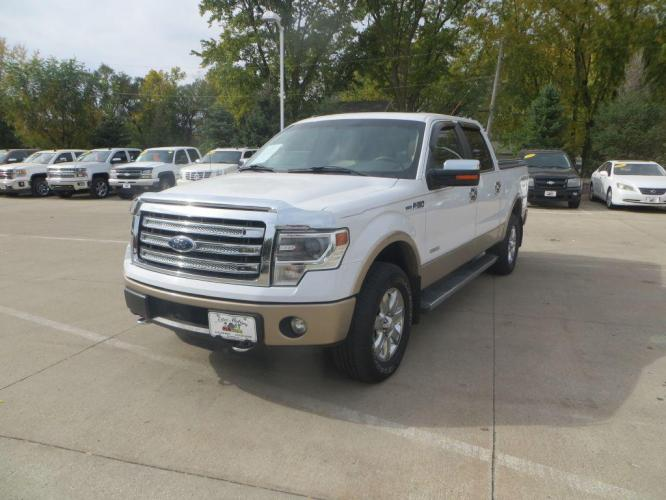 2013 WHITE FORD F150 SUPERCREW LARIAT (1FTFW1ET2DF) with an 3.5L engine, Automatic transmission, located at 908 SE 14th Street, Des Moines, IA, 50317, (515) 281-0330, 41.580303, -93.597046 - Photo #0