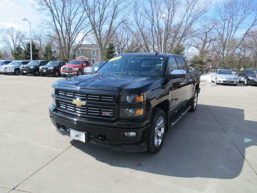 2015 BLACK CHEVROLET SILVERADO 1500 LTZ (3GCUKSEC0FG) with an 5.3L engine, Automatic transmission, located at 908 SE 14th Street, Des Moines, IA, 50317, (515) 281-0330, 41.580303, -93.597046 - Photo #0